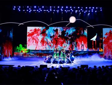 第31届遂州荷花展览:主题晚会集体舞蹈